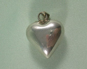 HARMONY BELL Chime Puffy Heart Of Love Pendant-Vintage Sterling Silver-Mexico Hallmark-Tinkling Jingling Sound-Travel Souvenir-00435