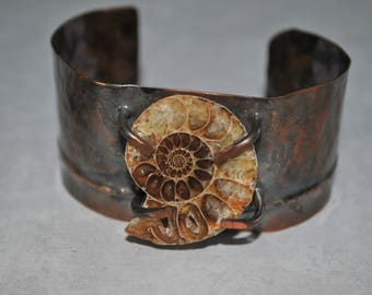 Rustic copper cuff with genuine Ammonite fossil stone, Hammered copper bracelet, metal work, boho, unisex