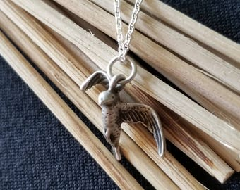 """Sterling Silver Seagull Pendant with 18"""" Sterling Silver Chain (st - 2092)"""