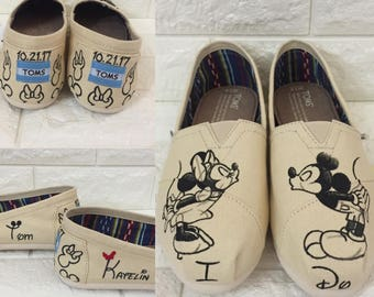 I Do Toms. FREE PERSONALIZATIONS Mickey & Minnie Sketch Toms [disney wedding shoes] Mickey and Minnie Kissing Shoes. Kissing Toms
