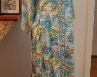 Fabulous RARE 1970s Evelyn Pearson turquoise floral caftan kaftan maxi dress S / M small medium