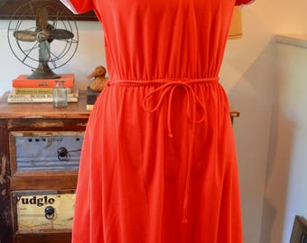 Vintage 1970s Miss Oops red shift dress elastic waist belt S / M small medium secretary
