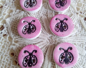 Ladybird/ladybug round buttons, pink buttons, nature buttons, handmade buttons, set of 6 buttons, tiny buttons, sewing, knitting, insects