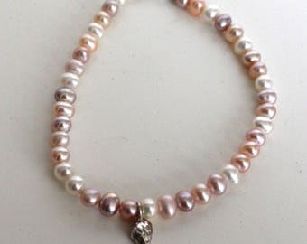 Pearl bracelet with silver shell charm//Pastel mixed round fresh water pearls