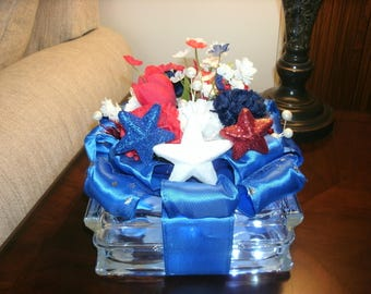 Patriotic Star Centerpiece, Holiday Plaid Decor, Lighted Glass Block, 4th of July, Red White & Blue Decor, Americana decor, Table Decor,