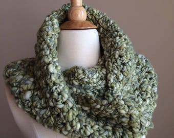 Green crochet cowl scarf-green scarf-green cowl-winter knits -knit scarf -green knit cowl- textured cowl- textured scarf