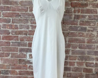Size 38 Bust -  Full White Chemise - 1960s White Slip - Vintage Slip