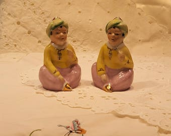 Collectible Indian Turbaned Boy Salt and Pepper Shakers Made in Occupied Japan presented by Donellensvintage