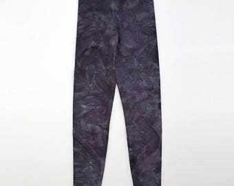 XS Dark Grey Crystal Wash Leggings