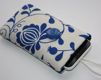 iPhone 6 sleeve/iPhone 5/5c cover/Moto G sleeve/Samsung Galaxy s3/s4/s5 sleeve/HTC One M8/M7/Blue flowers on white  Samsung Galaxy S7 edge