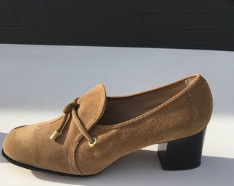 Size 5.5 Mod 1960s Gaymode Shoes Tan Suede Loafers Slip Ons 1970s Spectator Pumps