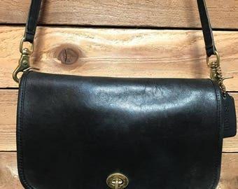 Vintage Coach Pocket Purse Vtg Black Leather Shoulder Bag Made in USA