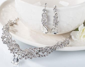 Bridal jewelry etsy bridal jewelry set harper wedding jewelry sets for brides chandelier bridal necklace earrings set drop crystal junglespirit Image collections