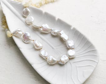 Large baroque pearl necklace, White pearl statement necklace, Keshi pearl jewelry, Keishi pearl, Hand knotted