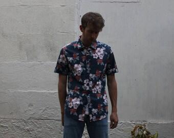 Retro Hawaiian Fitted Shirt