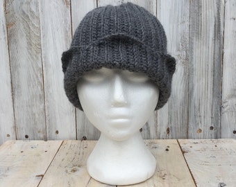 Jughead hat, jughead jones hat, jughead hat handmade, crochet jughead hat,crochet jughead jones hat, riverdale hat, archie comics