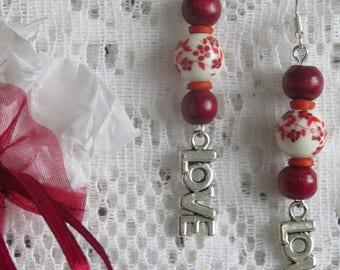Love, flower & wood earrings