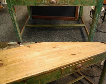 FREE SHIP   Primitive Farm Table   Chippy Weathered Green Rectangular  Vintage Rustic Kitchen / Dining