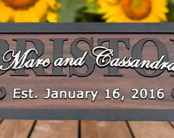 Personalized Wedding Gift for Couple Personalized Family Name Sign Family Established Signs Custom Last Name Sign name Sign Wooden BR3