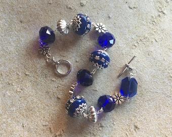 Blue Beaded Bracelet, Glass Bracelet, Beadwork Bracelet, Blue Bracelet, Gift For her, Beaded Jewelry, Beadwork Jewelry