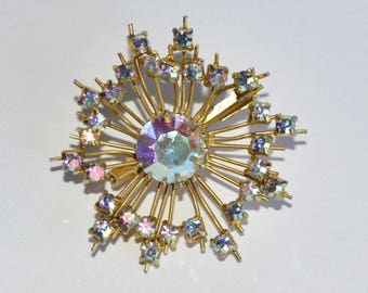 Vintage Crystal Brooch - French Gold Metal and Diamante Brooch - Star Motif Pin - Costume Jewelry -
