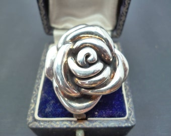 "A stunning large silver rose statement ring - 925 - sterling silver - UK P - US 7.75 - 1.25"" X 1.25"""