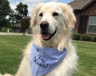 Free Kisses! Navy Blue Seersucker Bandana || Preppy Tone on Tone Dog Pet Scarf || Puppy Gift by Three Spoiled Dogs
