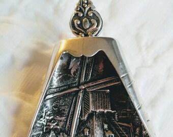 Vintage Dutch Repousse Silver Scoop ~ Antique Sugar Shovel ~ Dutch Silver ~ 835 Silver ~NBJ861~Tea Caddy