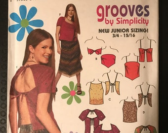 Simplicity 9271 - Grooves Juniors Open Back Top with Handkerchief Hem Option - Size 3 4 5 6 7 8 9 10