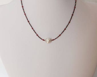 Single freshwater pearl and garnet necklace