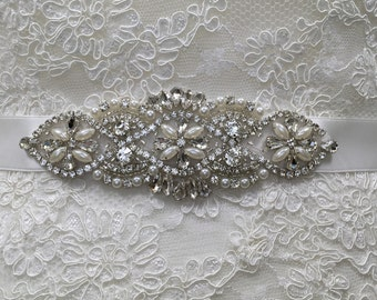 Bridal Belt, Thin Bridal Belt, Pearl Bridal Belt, Rhinestone and Pearl Belt, Vintage Inspired Belt, Best Friend Bridal 176B