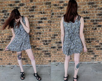 Women's Vintage Floral Playsuit/Basic Editions Sleeveless Romper/Size Small
