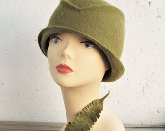 Women's felted hat Women's olive hat Olive green hat Felted hat Women stylish hat Cloche hat Olive hat Women's green hat Green hat Felt hat