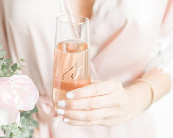 Dainty Bridesmaid Gift / Bridesmaid Proposal Gift / Bridesmaid Gift Ideas / Monogram Champagne Flute / Personalized Champagne Glasses /