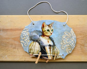 Royal cat wood memo board, fancy cats recipe holder, whimsical animals message notice bulletin board, cat lover gift decor picture display