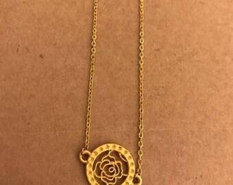 Fine flower pendant necklace