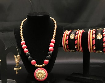 Indian Silk Thread Jewelry - Silk Thread Jewelry Set - Pink Black Gold Silk Thread Set - Indian Bangles - Indian Bridal - Kundan Jewelry -