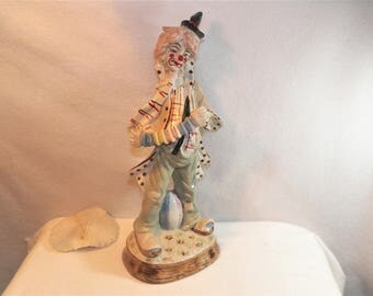 Unique Vintage Clown, Awesome Tall Clown Sculpture, Signed Clown ESPANIA 8, Made In TAWAIN, Ceramic Clown Playing An Instrument, Accordian