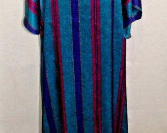 Claire Sandra by Lucie Ann Caftan Nightgown House Dress