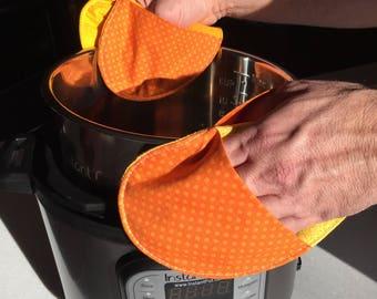 INSTANT Potholders / Trivets  - Set of 2