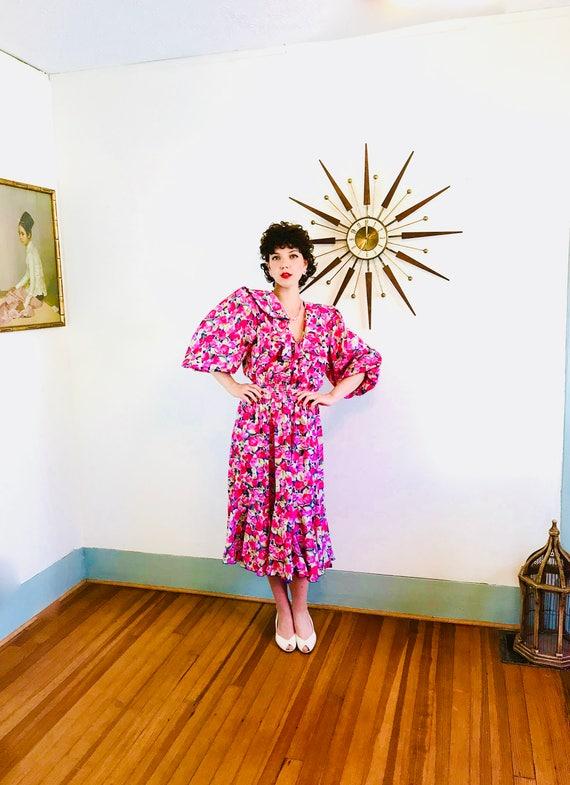 80s Floral Dress, SUSAN TUDOR dress, Vintage 1980s dress, Pink Red Rose Print, 80s party dress, Huge Shoulder Pad, Short Puff Sleeve, S M L