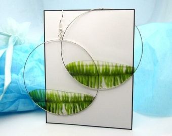Transparent Fern Hoop Earrings, Engraved Silver, Leaf in Resin, Botanical Jewelry, Soft Muted Colors, Understated Gift
