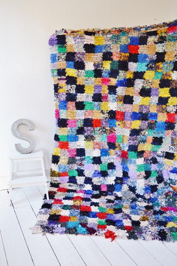 FREE SHIPPING>> Vintage Long Moroccan Boucherouite  Rug, Moroccan Rug,Hand Woven Rug, Bohemian Rugs, Xmas Gifts, 8.5 x 5.6 ft.