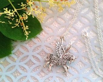 Pegasus pendant necklace - winged horse necklace - Pegasus jewelry - Greek mythology Pegasus necklace - fantasy jewelry - Pegasus gift