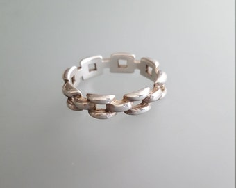 Vintage Sterling Silver Chain Link Ring // Band Ring // Stacking Ring
