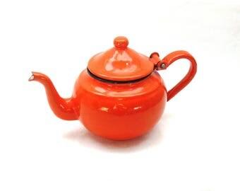 Vintage Enamelware Teapot in Orange, Granny Chic Kitchen Decor, Cottage Kitchen, Small Teapot, Tea for One, Mid Century