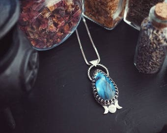Labradorite Sterling Silver Triple Moon Goddess Necklace - Labradorite Necklace - Sterling Silver - Bohemian Jewelry - Witchy Jewelry
