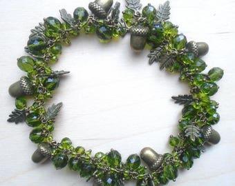 Oak Acorn Woodland Celtic Celtique Emerald Green Elven Forest autumn leaves charm glass shiny fairy boho hippies bracelet