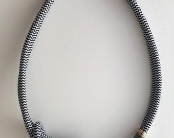 Loop de Loop Necklace Marine