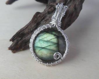 Labradorite Pendant, Wire Wrapped Labradorite, Crystal Pendant, Labradorite Necklace, Wire Wrapped Crystal, Labradorite Crystal Pendant